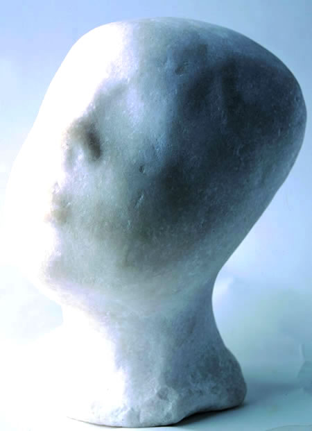 澳门理工学院设有吴为山教授雕塑工作室 2003年作品《睡童》获英国