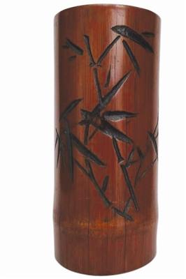 民国时期竹雕笔筒